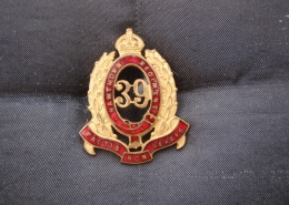 Hat Badge. Note that it shows as the Hawthorn Regiment, later to become the Hawthorn-Kew Regiment.