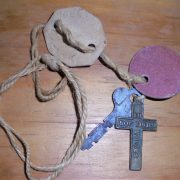 I am told they are bag tags but they are similar to dog tags belonging to Peter Holloway VX101132